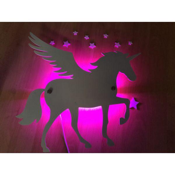 Vegglampe - Enhjørning med vinger