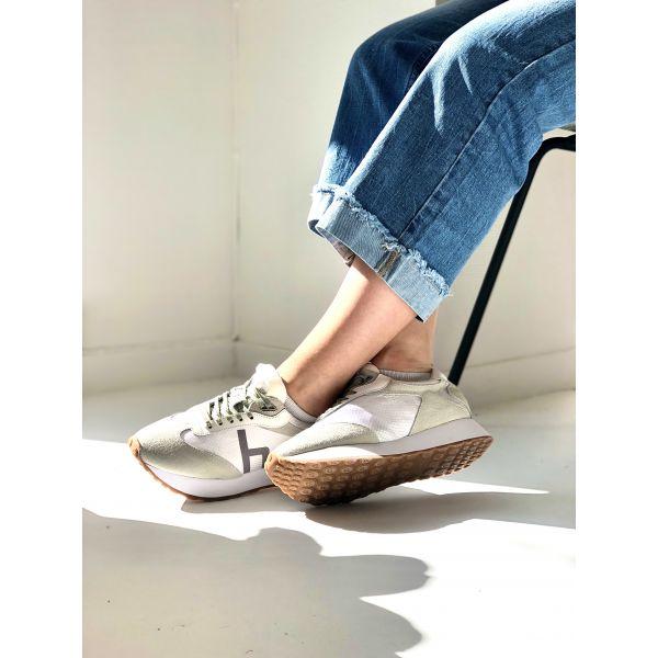 Mary  Sneaker- Philip Hog