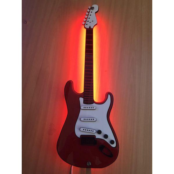 Gitar vegglampe
