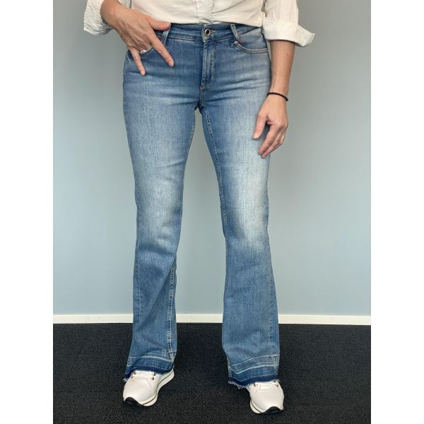 Paris Flaired jeans