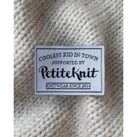 "PetiteKnit - ""Coolest Kid In Town""-label"