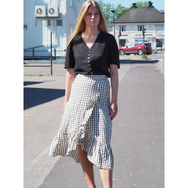 Cheeky Frill Skirt