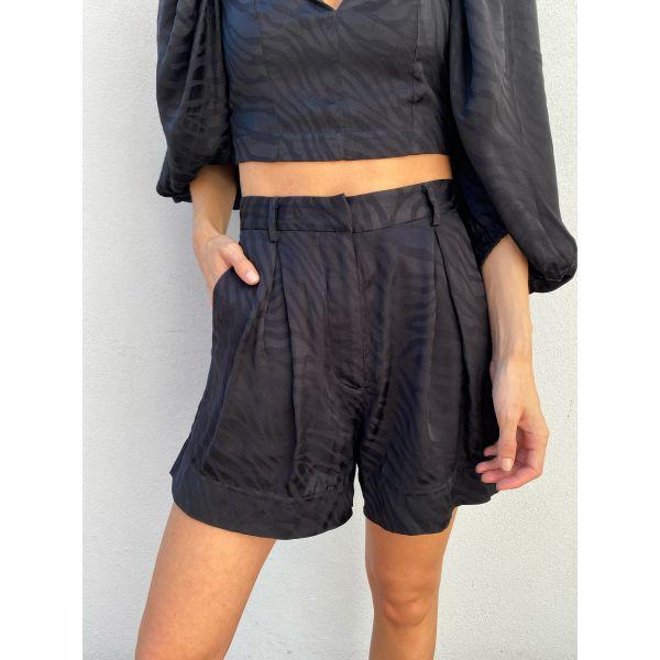 Katian Shorts - Black