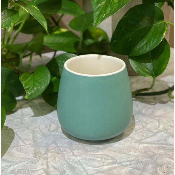 Saara kopp matt grønn