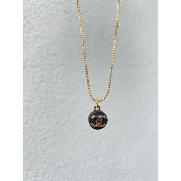 Chanel Medium - Gold/Black