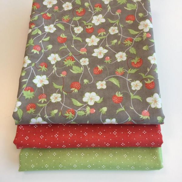 Strawberries stoffpakke 50 cm
