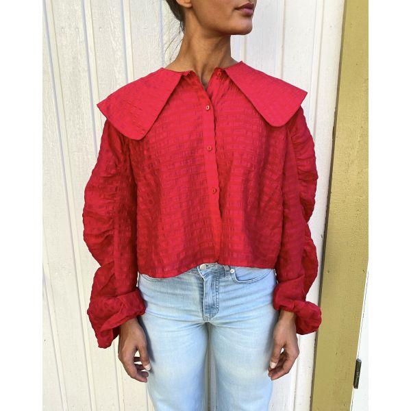 Brattespe Shirt Solid - True Red