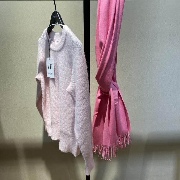 Time Wool Scarf Pink