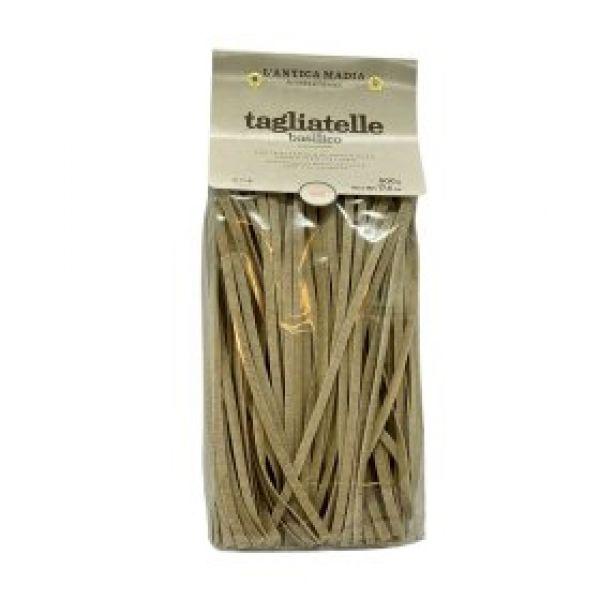 Pasta Tagliatelle med Basilikum