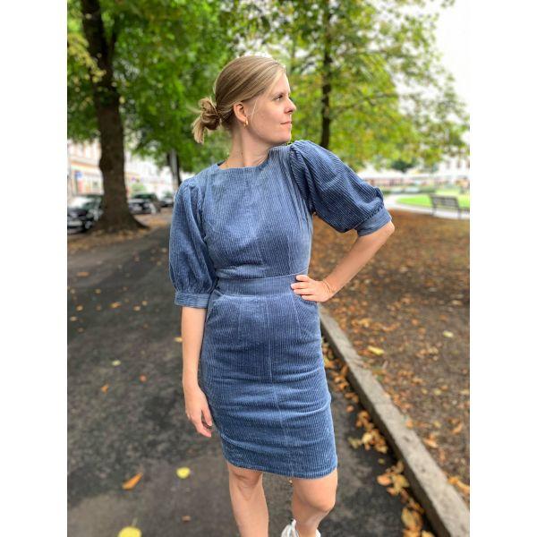 Turid kjole støvblå
