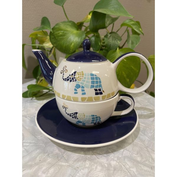 Voi Tea for one