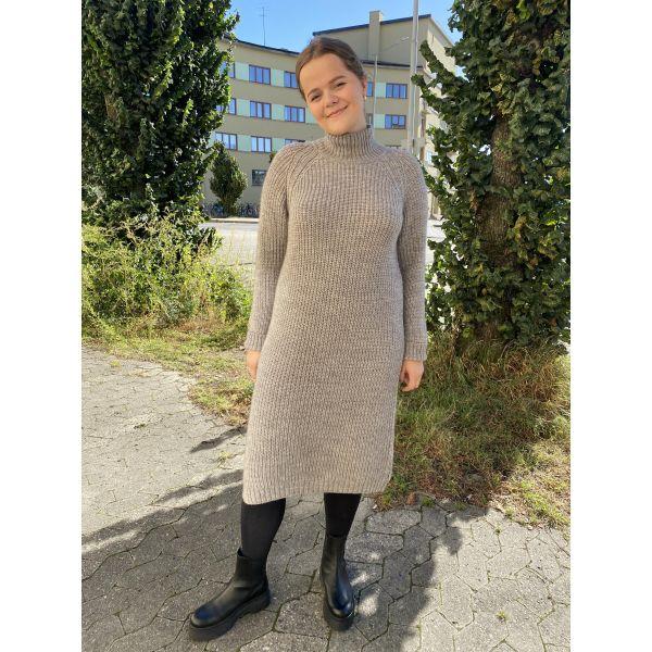 Gymla 7 Dress