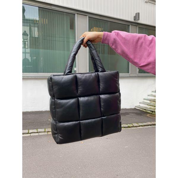 Assante Puff Bag - Black