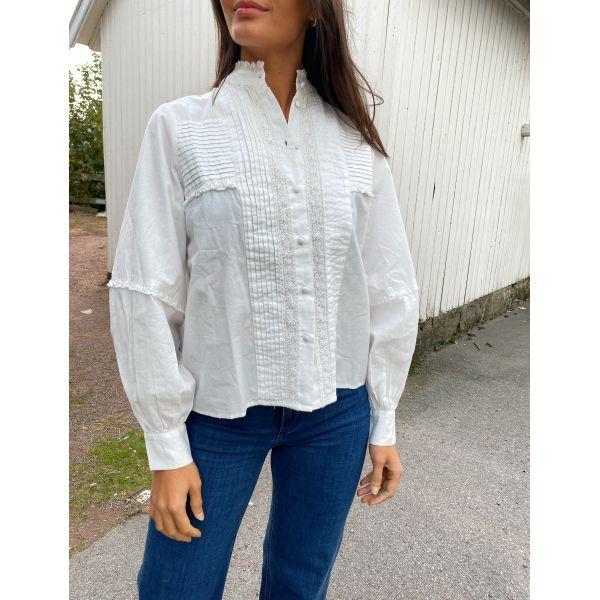 Stari Shirt - Star White