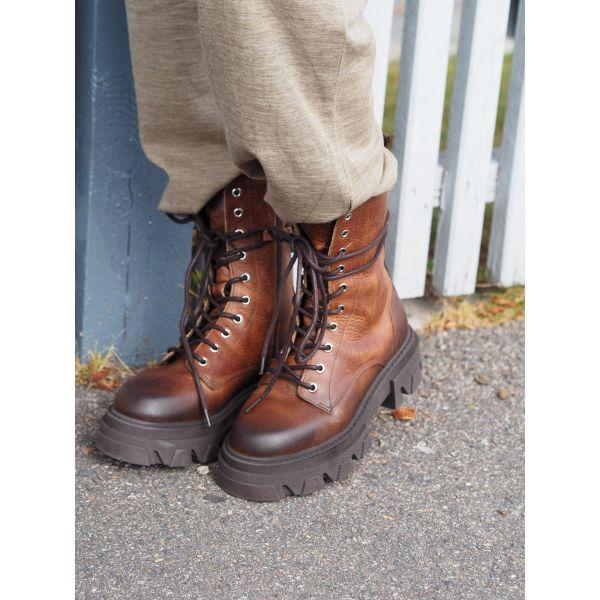 Antonella Nubuck Boots