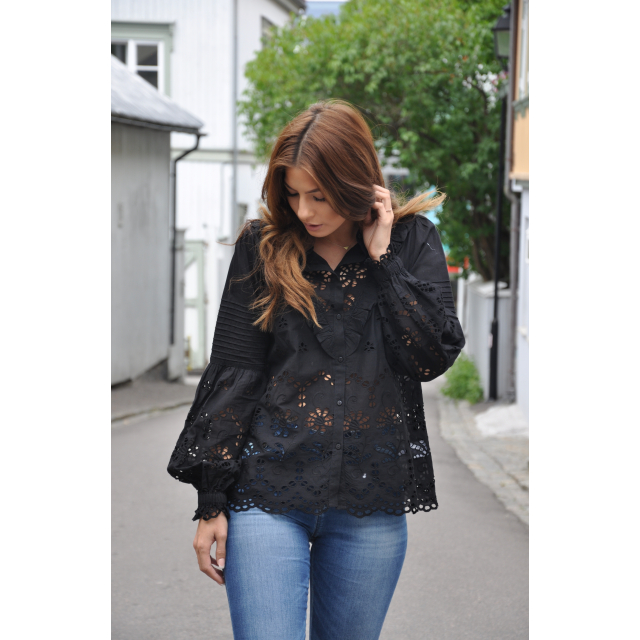 Frill blouse -broderie anglaise black
