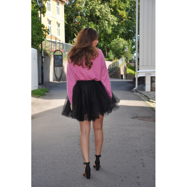 TUTULOVE SHORT BLACK