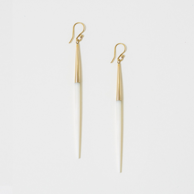 CAPPED QUILL DANGLE EARRINGS WHITE