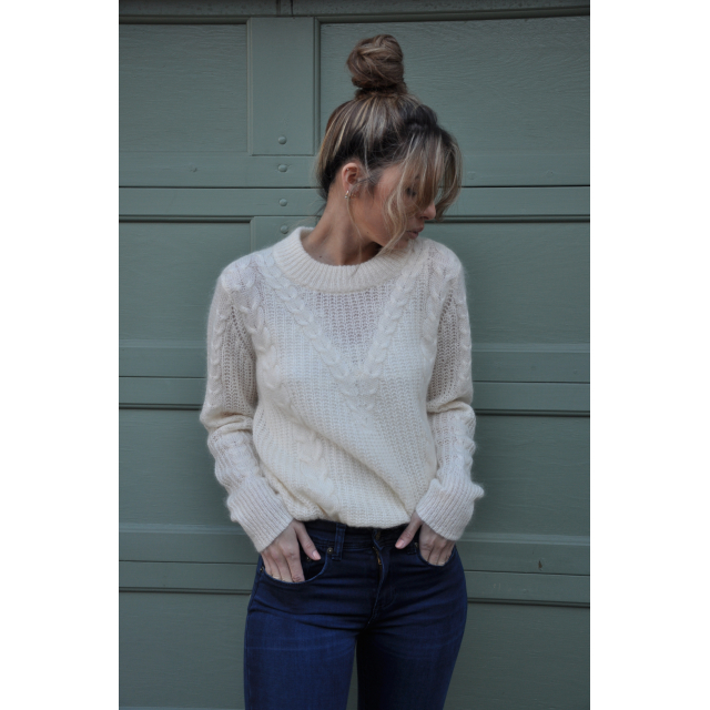 Emilie Knit O-neck Offwhite