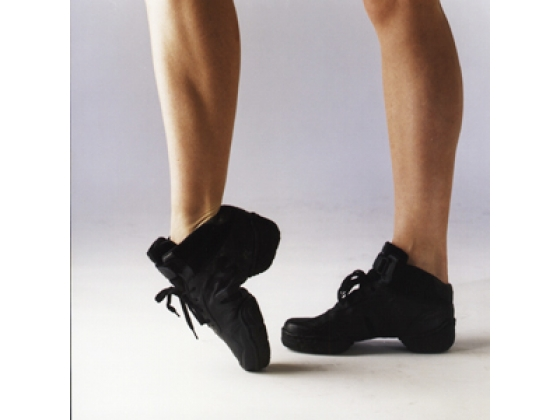 Dance sneakers, canvas