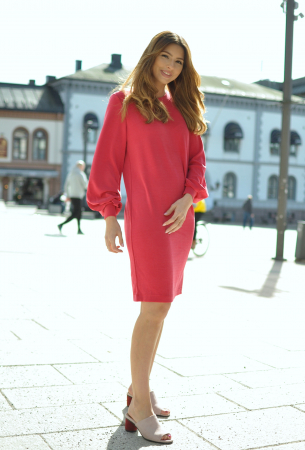 TEA LS NEW SWEAT DRESS - LIPSTICK RED