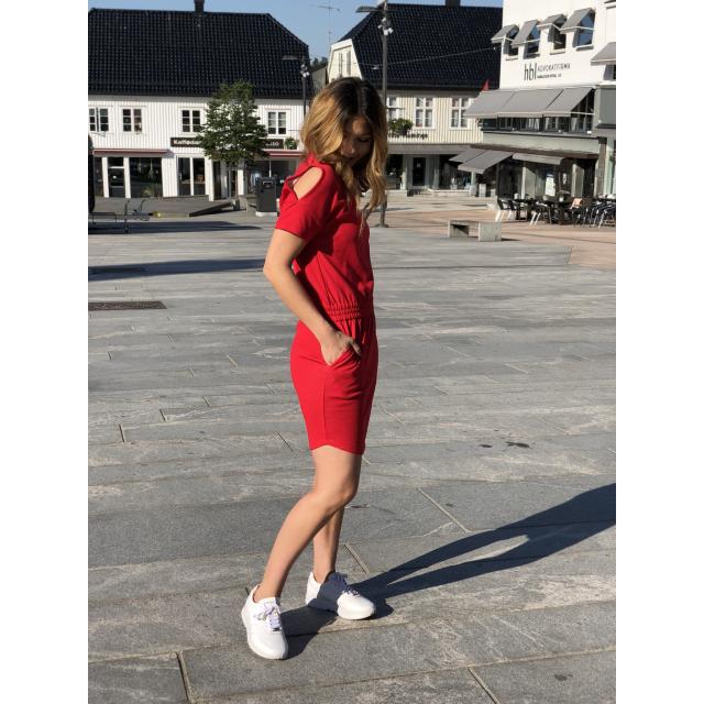 DELFIA DRESS RED
