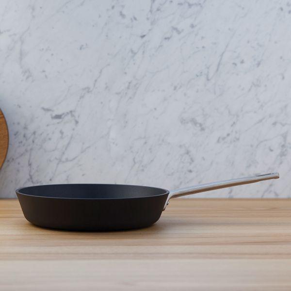 Frying Pan, non-stick 24 cm