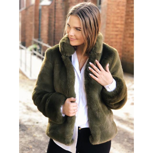 Cozy collar jacket