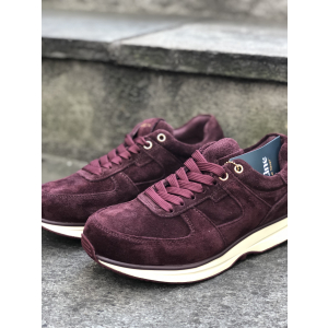 Gaitline wine suede