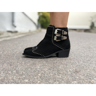 Evelin Boots
