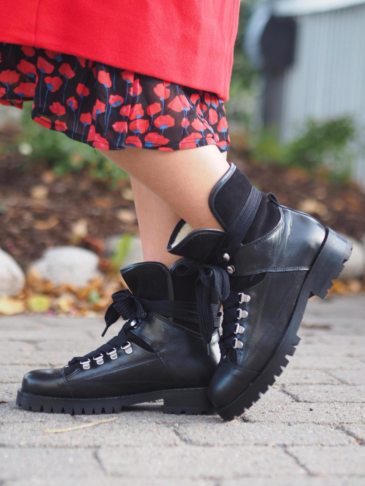 Pavement Støvler Alice Black | Sko, Sorte støvler og