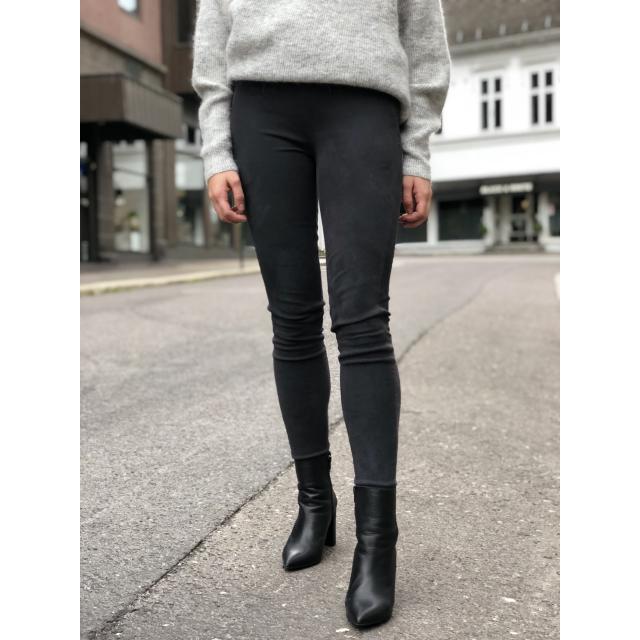 Alvira pants
