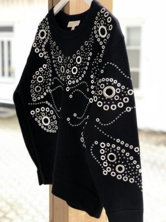 624a38a9 Michael Kors sort genser med sølvringer - The Dressingroom