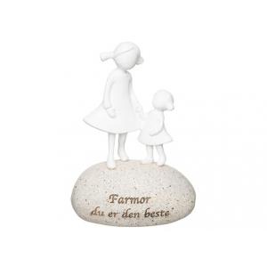 Figur på stein Farmor