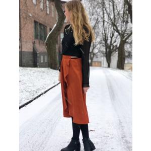Rusty skirt